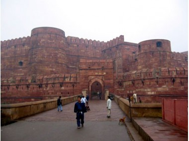 Agra Tour Travel Guide