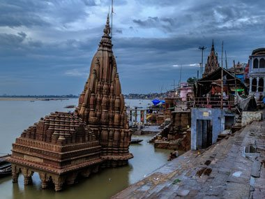 Golden Triangle with Khajuraho and Varanasi 8 Night / 9 Days