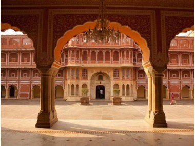 Sightseeing in Jaipur by Car